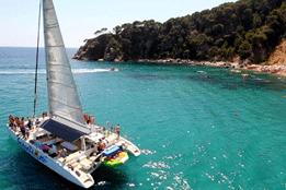 Catamaran Barcelona BBQ
